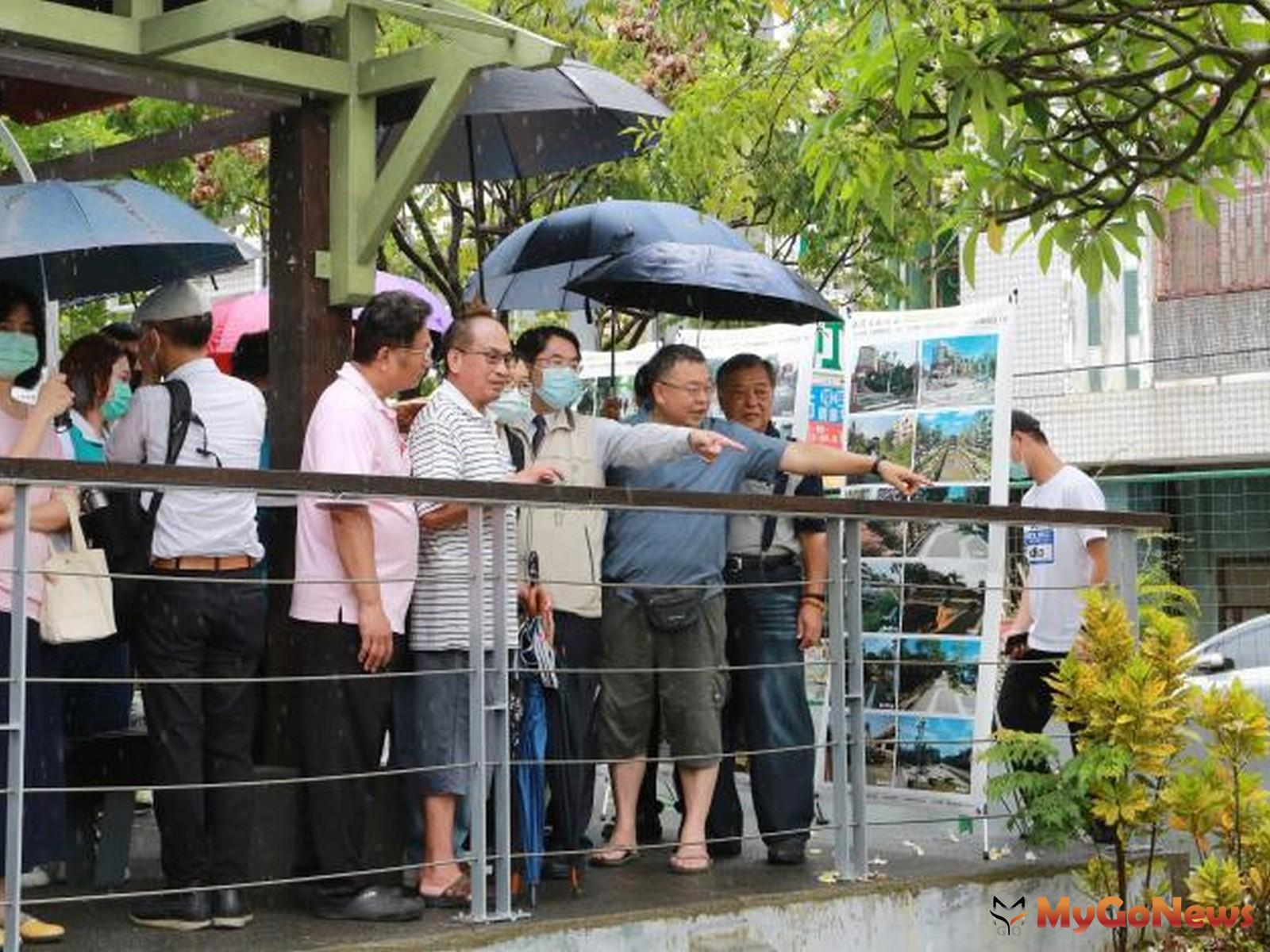 新營美術園區10年有成,黃偉哲視察「綠川廊道」,讚許比起台中綠川毫不遜色(圖:台南市政府)