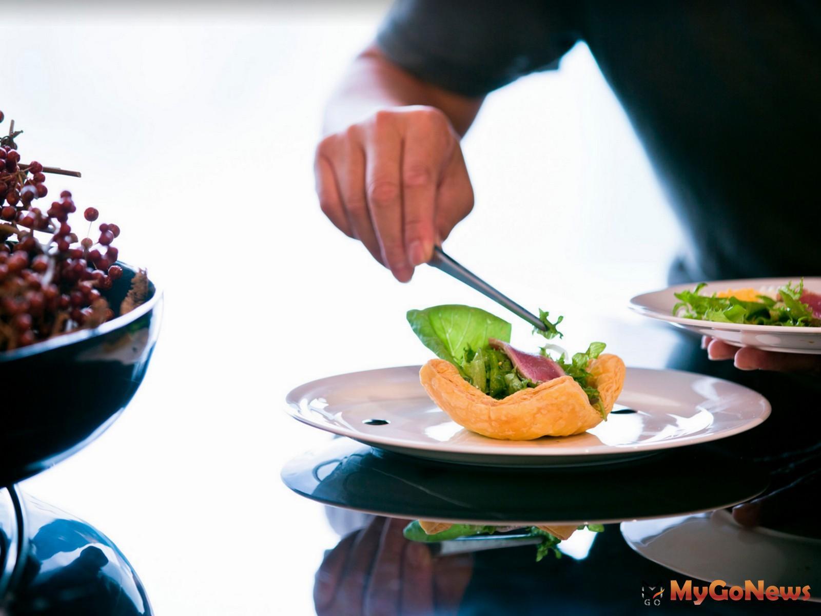 社區的「私廚餐點直送到府」貼心服務,一樣能滿足住戶們挑剔的味蕾(圖/業者提供) MyGoNews房地產新聞 熱銷推案