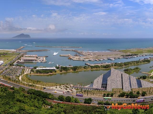 宜蘭縣政府表示,本標的位於烏石漁港南側,面積約9.82公頃,將可發展結合海洋美景及溫泉特色的國際級休閒渡假村 MyGoNews房地產新聞 市場快訊