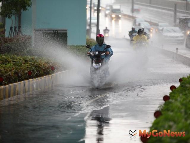 瞬間豪大雨引發的「偶發性淹水」則可不必太在意,反而可趁淹水後,大膽進場議價! MyGoNews房地產新聞 趨勢報導