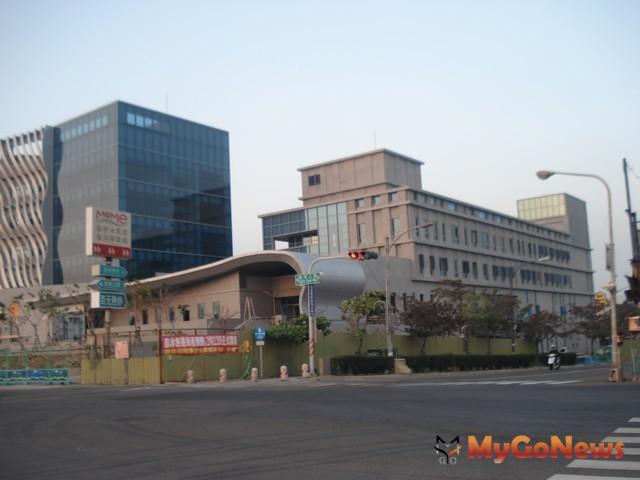 旗津新行政中心及新旗津醫院,預定2013年2月完成。(圖:高雄市政府) MyGoNews房地產新聞 區域情報