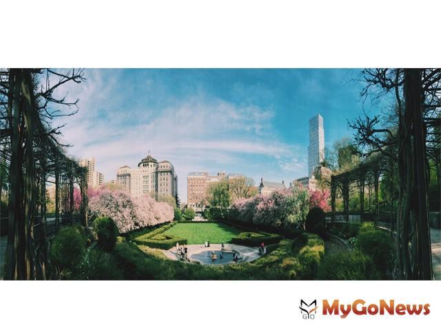 房地產只要擁有綠憩環境,就能夠讓行情增值,紐約中央公園就在印證著綠憩房地產的價值(圖/PxHere)。 MyGoNews房地產新聞 專題報導