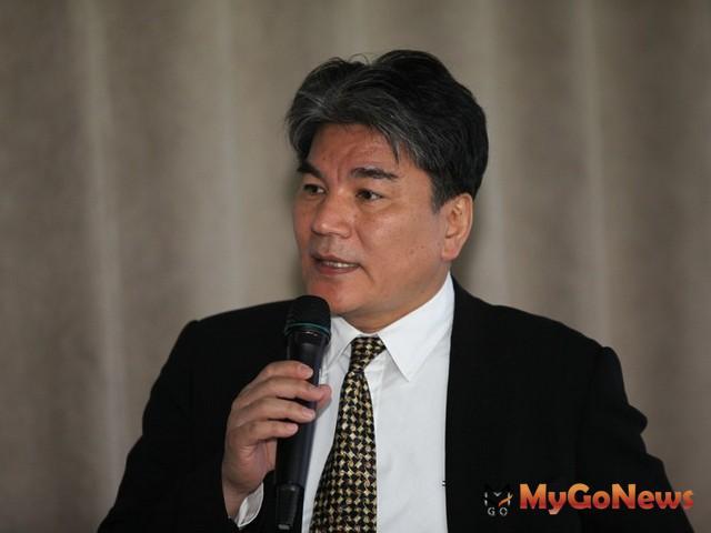 關於文林苑事件,李鴻源表示,「如果一切都合法,內政部則將檢視都更條例如何更嚴謹一點」 MyGoNews房地產新聞 市場快訊