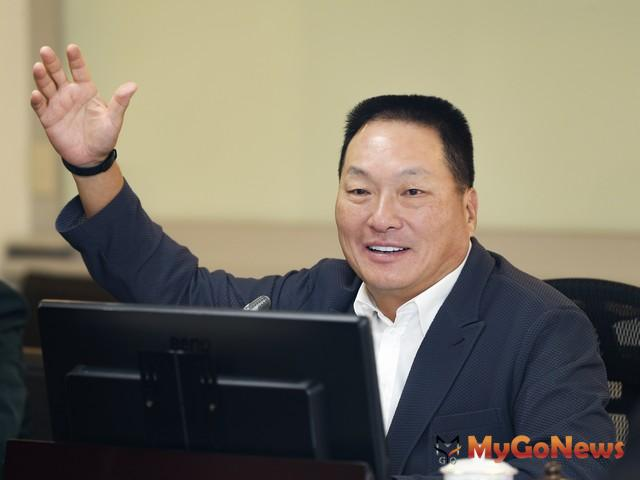 東森集團總裁王令麟表示:全面整合集團線上線下資源,服務消費者(圖:東森房屋) MyGoNews房地產新聞 市場快訊