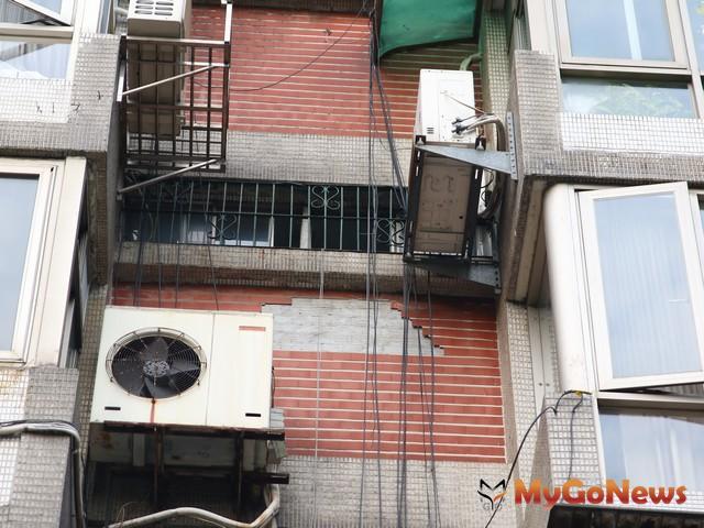 地牛狂翻身,寒流侵襲,氣溫驟降,營建署呼籲民眾注意大樓外牆磁磚剝落危險 MyGoNews房地產新聞 安全家居