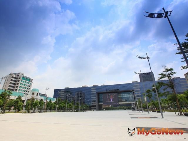 2012年5月23日國泰人壽再度出手,以4.2億元簽下台中市政府「市81」30年地上權市場用地。 MyGoNews房地產新聞 市場快訊