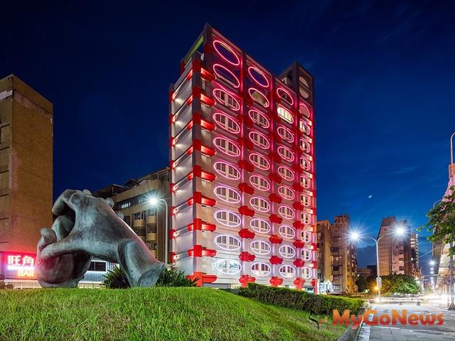 「泡泡飯店hotelpoispois」獲英國Travel & Hospitality Award兩大獎殊榮 MyGoNews房地產新聞 市場快訊