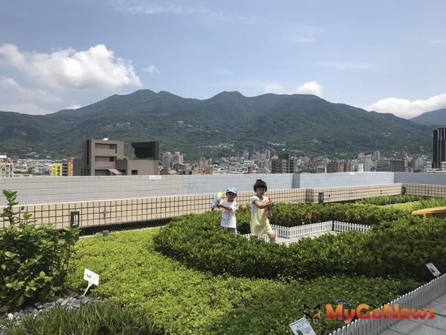 高市立體綠化屋頂補助起跑 5月31日截止申請 「我的綠藝空間」居家屋頂改造計畫(資料照片) MyGoNews房地產新聞 區域情報