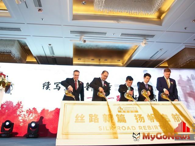 白皮書啟動儀式嘉賓從左至右:林榮傑,甘峰,陶汝鴻,林若塵,容亞當(圖:戴德梁行) MyGoNews房地產新聞 Global Real Estate
