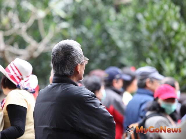台灣人口總增加率長期呈遞減趨勢,2010年降至1.8‰達最低點,2011年起逐漸回升,2013年又現回降 MyGoNews房地產新聞 趨勢報導