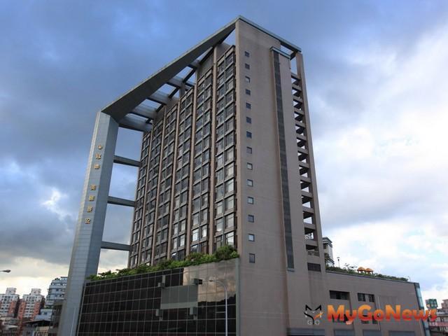 2008年景安捷運站周邊中古大樓,每坪價格約20~28萬元,今年已經彈跳到每坪約29~40萬元。 MyGoNews房地產新聞 市場快訊
