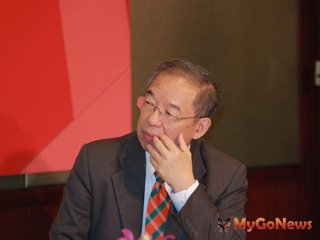 中信房屋副總劉天仁說,民眾對房價下跌有感,表示打房政策的確產生抑制房價上漲的效果 MyGoNews房地產新聞 市場快訊
